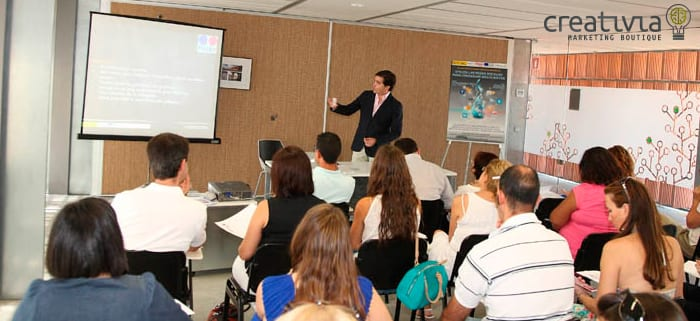 Taller sobre Redes Sociales en Toledo. Creativia Marketing. Toño Constantino