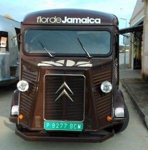 Food truck La Flor de Jamaica. Mundo Tracción. Creativia Marketing