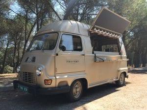 Food Truck Furgourmet. Mundo Tracción. Creativia Marketing