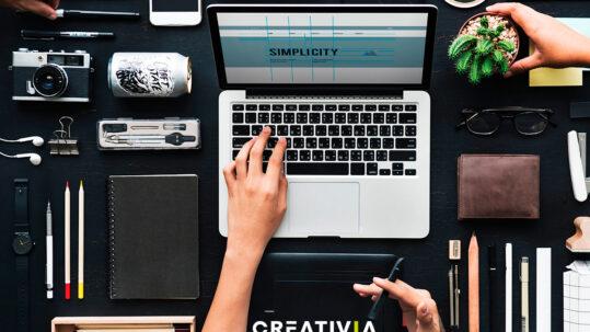 La identidad visual juega un papel fundamental en el impacto de tu marca. Tu público te reconocerá por ella... ¿Estás dispuesto a jugártela?